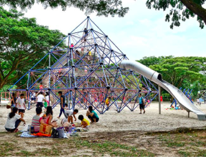 play-time-at-west-cost-park-in-singapore