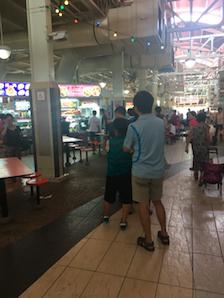 queue-at-xi-xiang-feng
