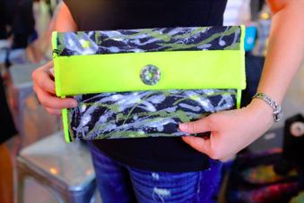 the-looms-handmade-purse